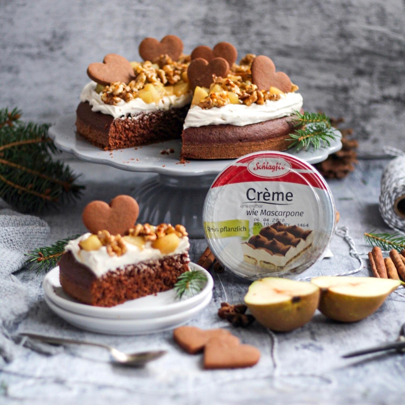 Podzimní dort skaramelizovanými hruškami a ořechy – Recept od Marušky Veg